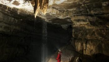 Močno pronicanje  vode ob padavinah